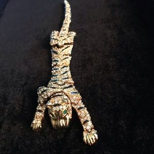 Jewelry - Vintage hinged full body panther pin